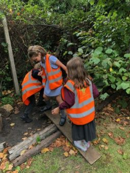 Outdoor Play and Social Skills Wild About Play Forest School & After School Clubs Putney